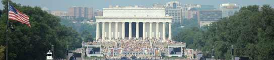 La ultraderecha se reúne en Washington en el aniversario del discurso de Luther King  (Imagen: ASTRID RIECKEN / EFE)