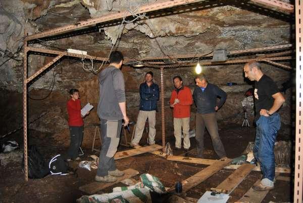 los trabajos arqueológicos en la cueva de Coimbre, Peñamellera Alta, se retomarán el 26 de septiembre