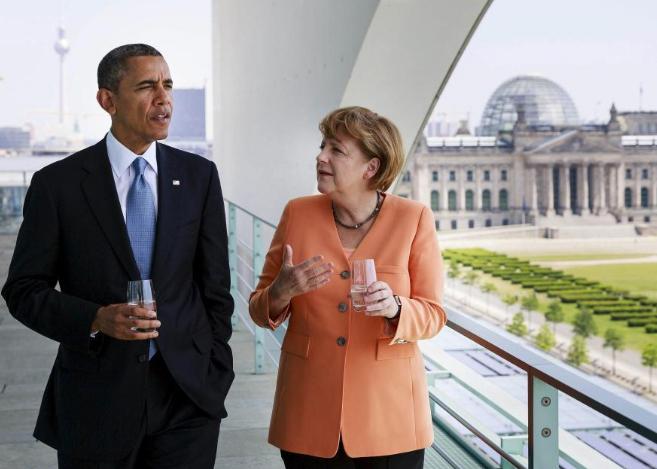 Barack Obama con Angela Merkel en la azotea de la Cancillería en...