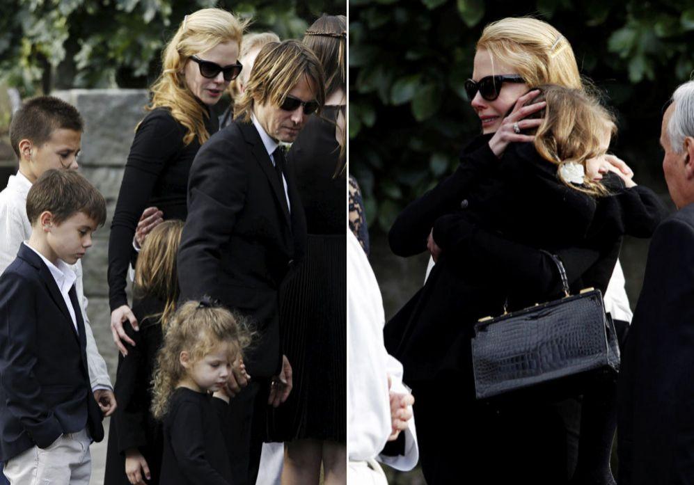 La actriz nicole kidman desolada en el funeral de