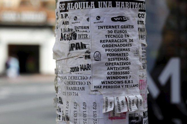 Anuncio que ofrece internet 'gratuito' por 30 euros en la...