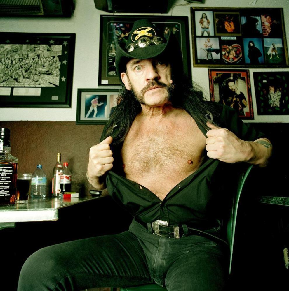 Lemmy se despide en su bar  Cultura  EL MUNDO