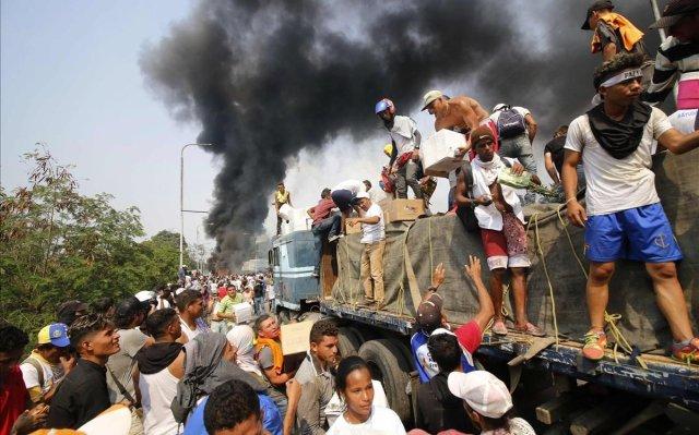 Resultado de imagen para fotos de la ayuda humanitaria para venezuela