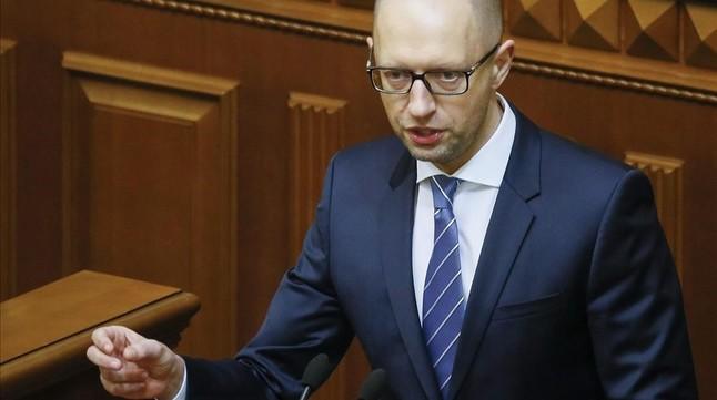 La dimisión del primer ministro acentúa la incertidumbre política y económica en Ucrania