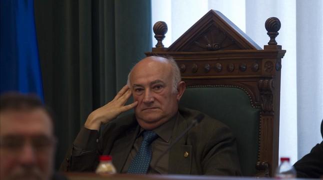El concejal de Seguridad y número 5 de la lista del PP de Badalona, Miguel Jurado, en un pleno.