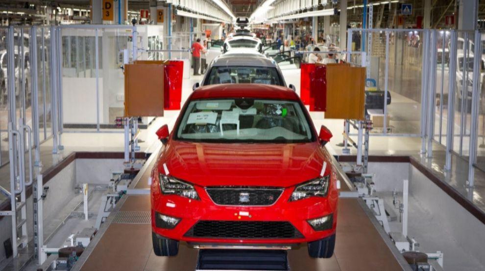 <strong>El sector del automóvil, a la...
