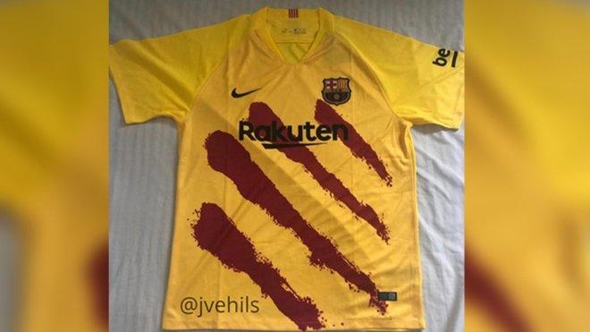 4792eca0e Primera foto de la camiseta de la senyera del FC Barcelona 2019/20
