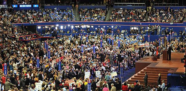 Momento del discurso de John McCain en Tampa. | Afp