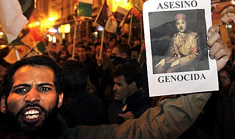 Manifestación prosaharaui, ayer, en Valencia. | Efe