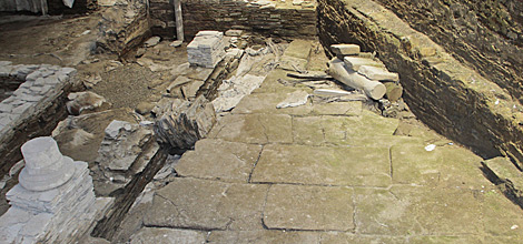 Se conservan las bases de las diferentes estancias del templo. | Pedro Agrelo