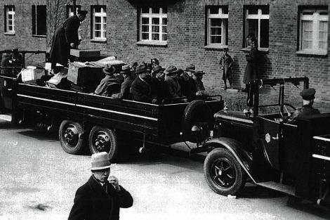 Detenciones en Berlín tras el incendio del Reichstag en 1933.