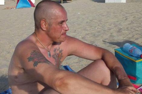 El transexual de nacionalidad belga Nathan Verhelst en la playa. | Facebook