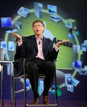 Por si el negocio de Internet fuera poco, Bill Gates ha entablado batalla con Sony y Nintendo por el negocio de las consolas. (Foto: AFP)