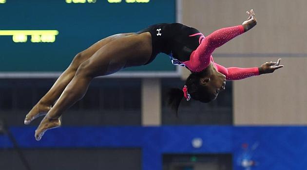 Simone Biles se consagra como<br /> la nueva reina de la gimnasia