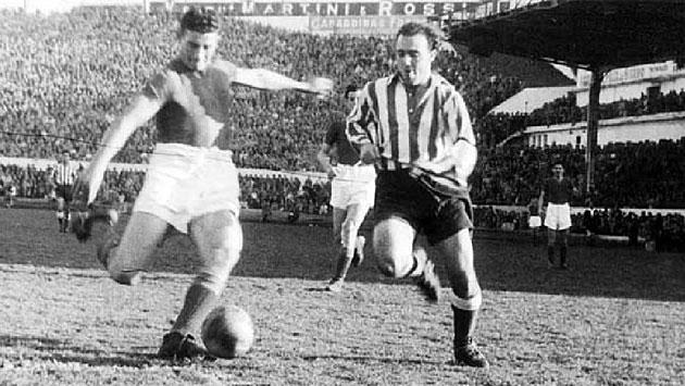 Antonio Durán intenta evitar el disparo de un jugador de San Lorenzo. / ARCHIVO MARCA