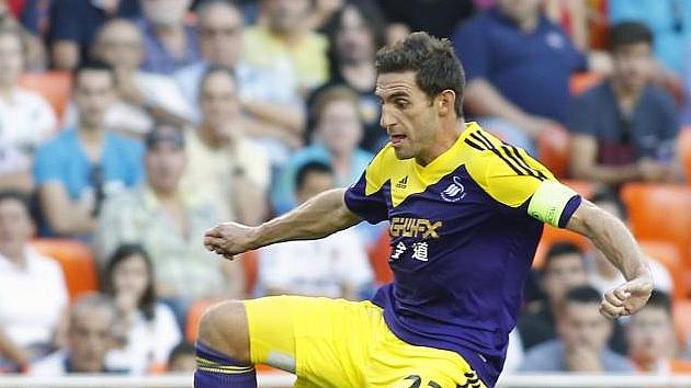 Ángel Rangel renueva con el Swansea
