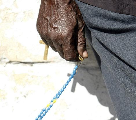 Las creencias religiosas tienen grandes raíces en Haití. | Efe