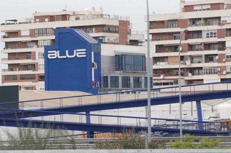 El club Blue del polígono de La Azucarera que ha generado la polémica con los vecinos de la zona. | A. Pastor