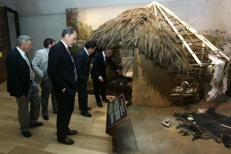 El Centro de Interpretación cuenta con la recreación de una aldea. | Rafa Estévez