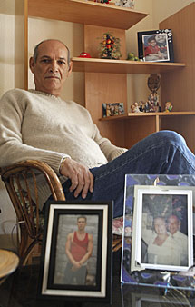 Orlando Fundora, en su casa. | S. G.
