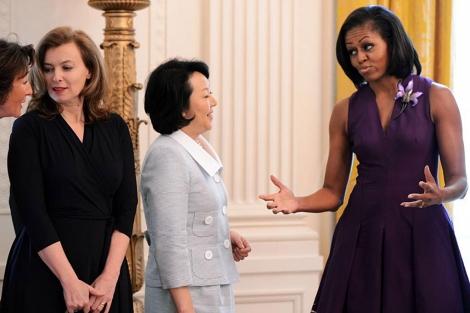 Michelle Obama, con la las primeras damas de Francia y Japón. | Afp