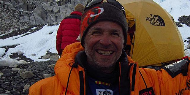 Juanjo Garra en una de sus expediciones. (Facebook: Jesús Calleja)