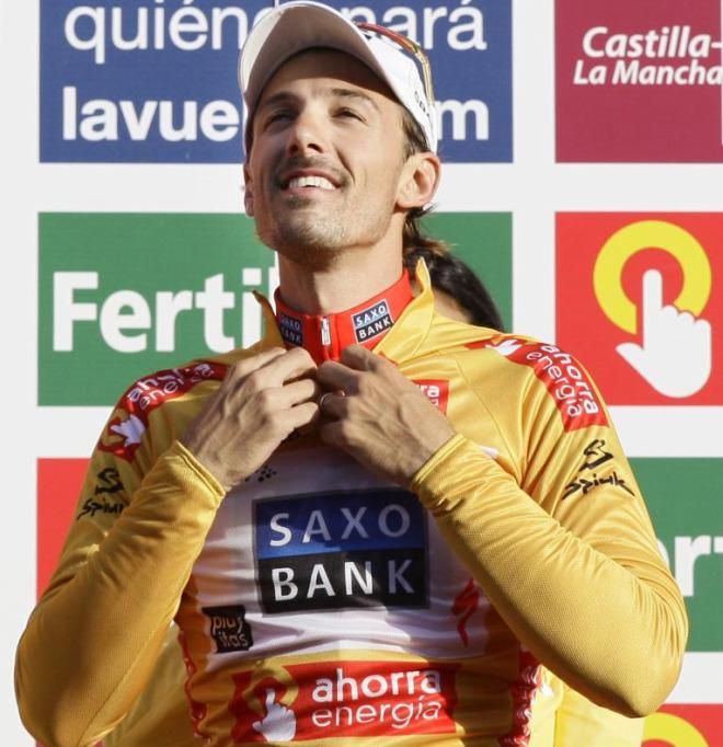 Cancellara es el primer maillot dorado de la vuelta