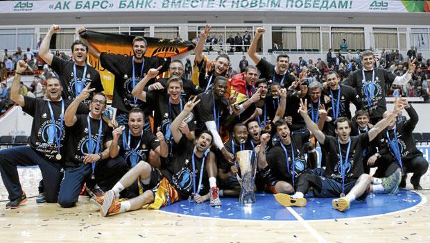 Valencia es campeón de la Eurocup por aplastamiento
