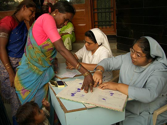 Hermanas de la Caridad de Santa Ana en la India