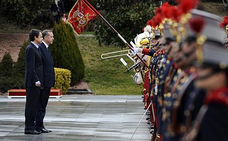 Zapatero recibe a Erdogan para celebrar al cumbre hispanoturca. | Afp