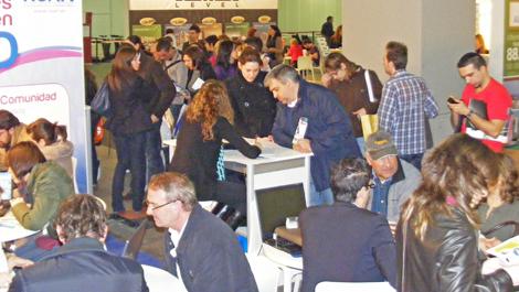 Asistentes al Salón Low Cost Madrid celebrado en Ifema. | Elmundo.es