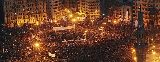 Alrededor de un millón de personas se han congreador en la Plaza de Tahrir. | Efe | VEA MÁS IMÁGENES