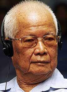 Khieu Samphan, el jefe de Estado del régimen del Jemer.| afp