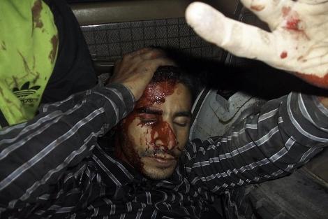 Un herido en los disturbios en Dajla. | E. M.