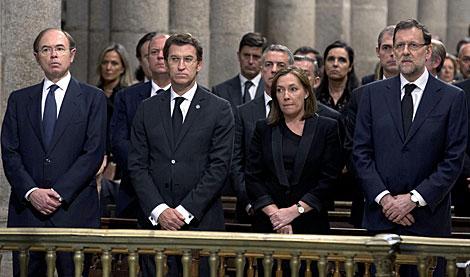 García Escudero, Feijóo, la esposa de Rajoy y el presidente. | Pool