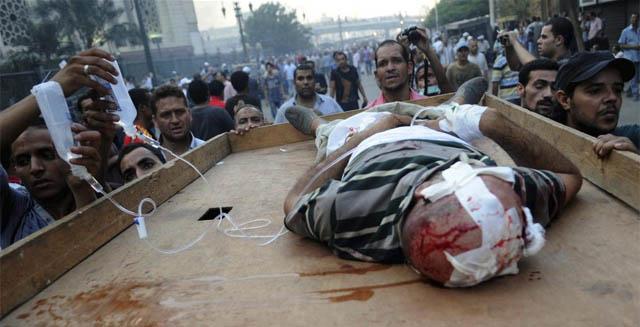 Las víctimas se cuentan por centenares en el país. | Efe