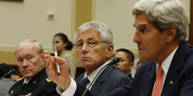 El general Dempsey, Hagel y Kerry, hoy, en la comisión de Exteriores del Senado. | Reuters
