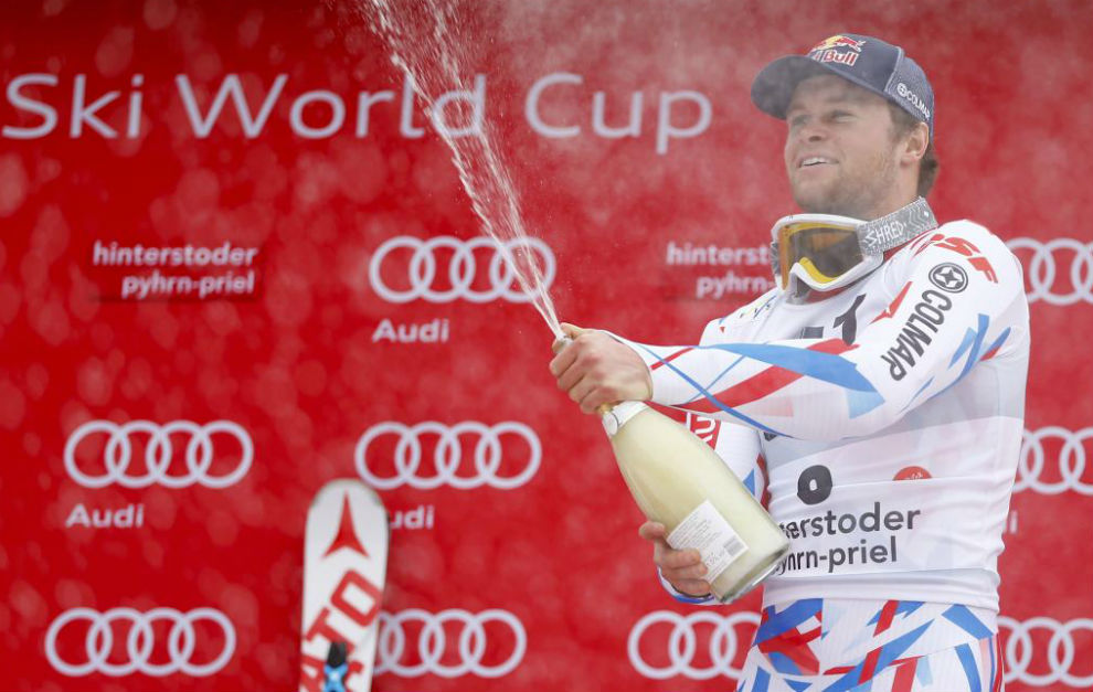 Alexis Pinturault celebra su victoria en Hinterstoder.