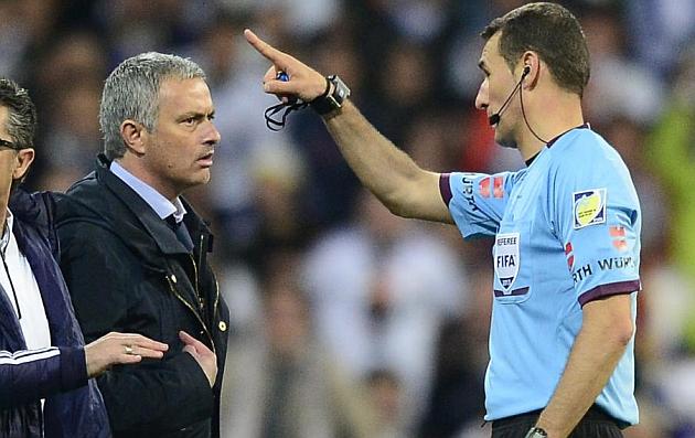 Clos expulsó a Mourinho