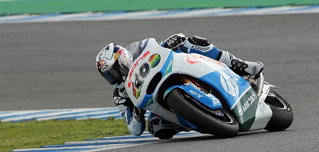 Maverick ya gana en Moto2
