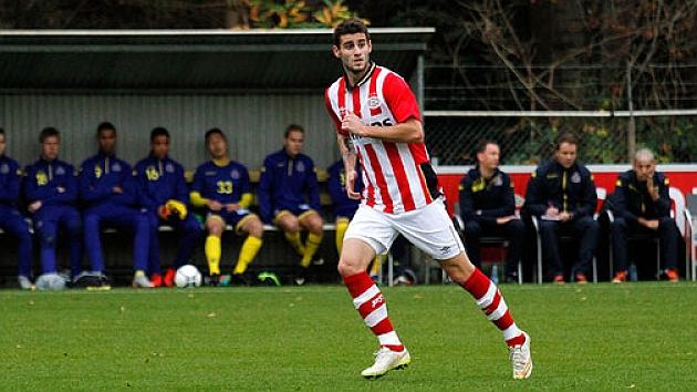 Gastón Pereiro, en un partido del PSV. / FOTO: @PSV