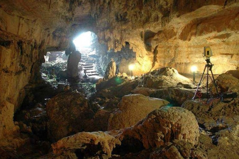 Escaneado del 'vestíbulo' de la cueva del Pindal para reproducir su imagen en tres dimensiones. | D. González Aguilera