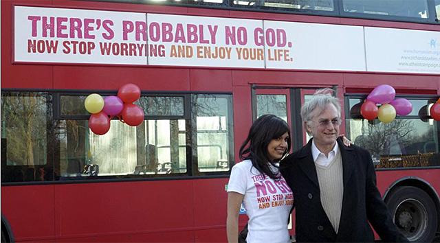 Campaña atea promovida por Richard Dawkin en los autobuses. | Reuters