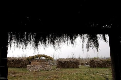 Recreación de las chozas de la época. | Fotos. E. Carrascal