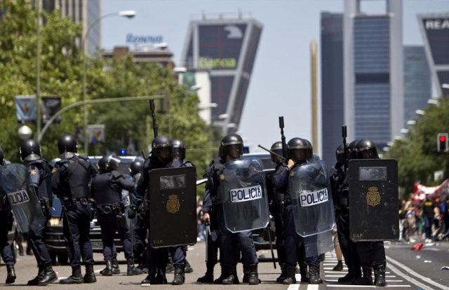 Antidisturbios en una protesta minera en Madrid, | Alberto di Lolli