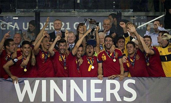 Испания сохранила Европы U21 титул после победы Италии в финале (4-2)