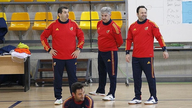 Fede Vidal (derecha), junto a José Venancio López y César Arcones / Foto: Carlos Barajas