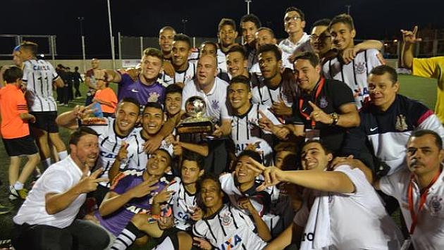 El Corinthians derrota al Atlético Nacional de Medellín y se hace con el título