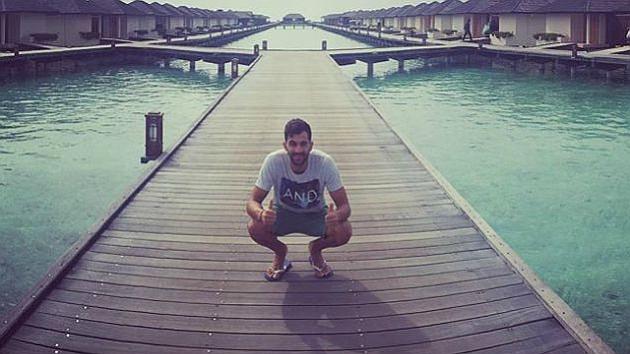 Reyes posa en uno de sus lugares preferidos de las Maldivas