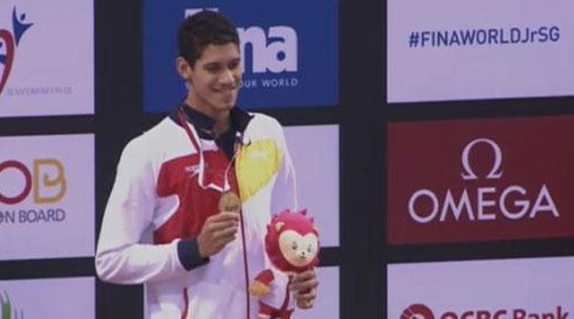 Hugo González logra el oro en 200 espalda; Castro bronce en 1.500